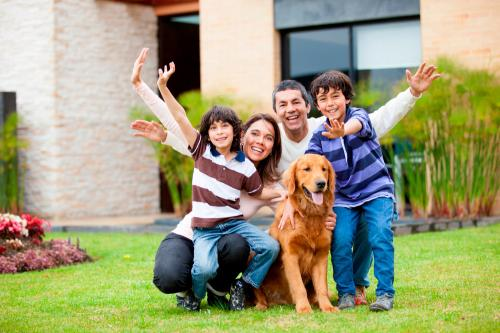 Trabajo en equipo en casa: Cómo equilibrar el tiempo entre la familia y el trabajo.