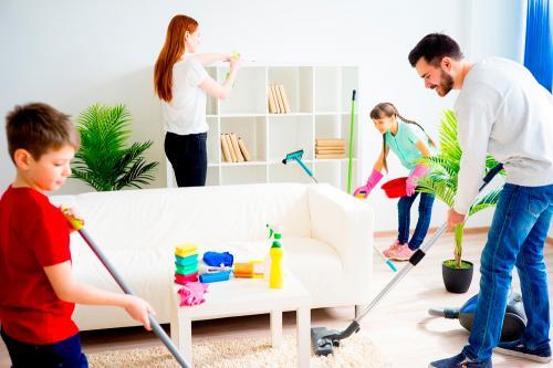 ¿Problemas para repartir tareas en casa? Estos consejos prácticos te salvarán