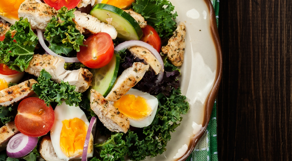 Doce alimentos que siempre debes tener a la mano en tu cocina