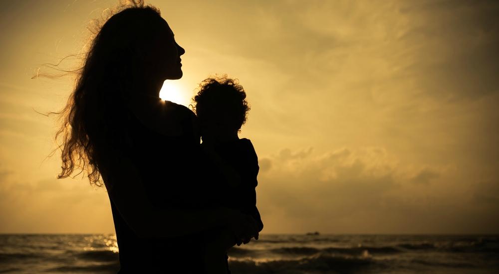 ¿Te sientes deprimida después de dar a luz? No temas pedir ayuda