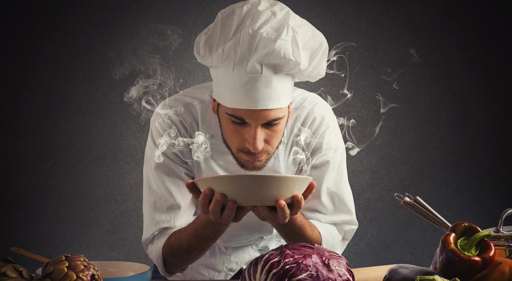 Simples trucos para engañar a tu cerebro y comer menos