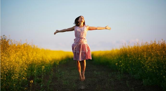 5 formas de traer alegría a tu vida (y a la de los que te rodean)