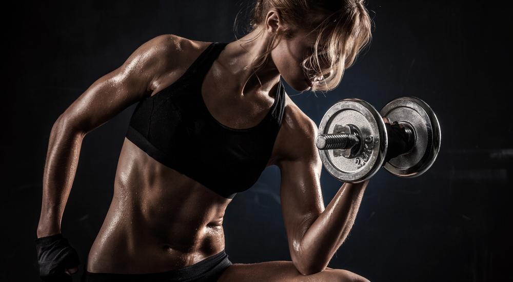 ¿Por qué es buena idea hacer deporte con el estómago vacío?