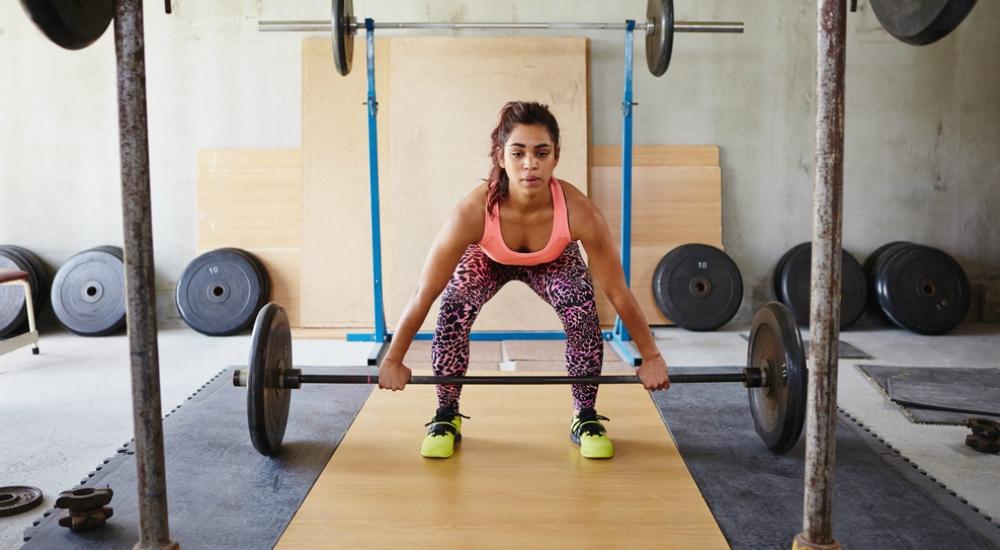Tranquila: las pesas no te harán ver demasiado musculosa (¡a menos que eso quieras!)