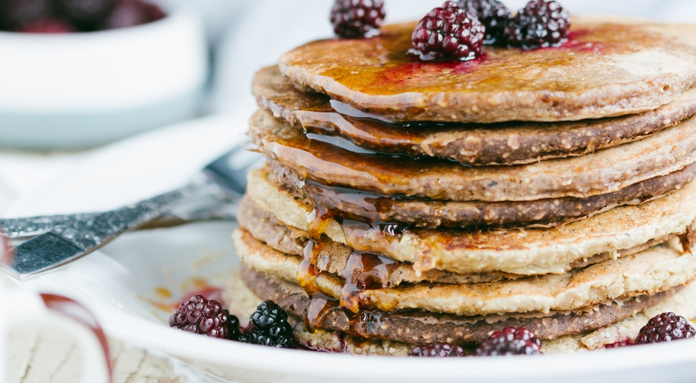 7 desayunos veganos que puedes hacer en 15 minutos o menos