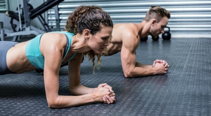 Ejercicios isométricos: desarrolla tus músculos sin moverlos un centímetro