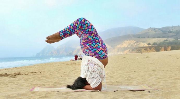 Big Gal Yoga: la yogi que está revolucionando las redes
