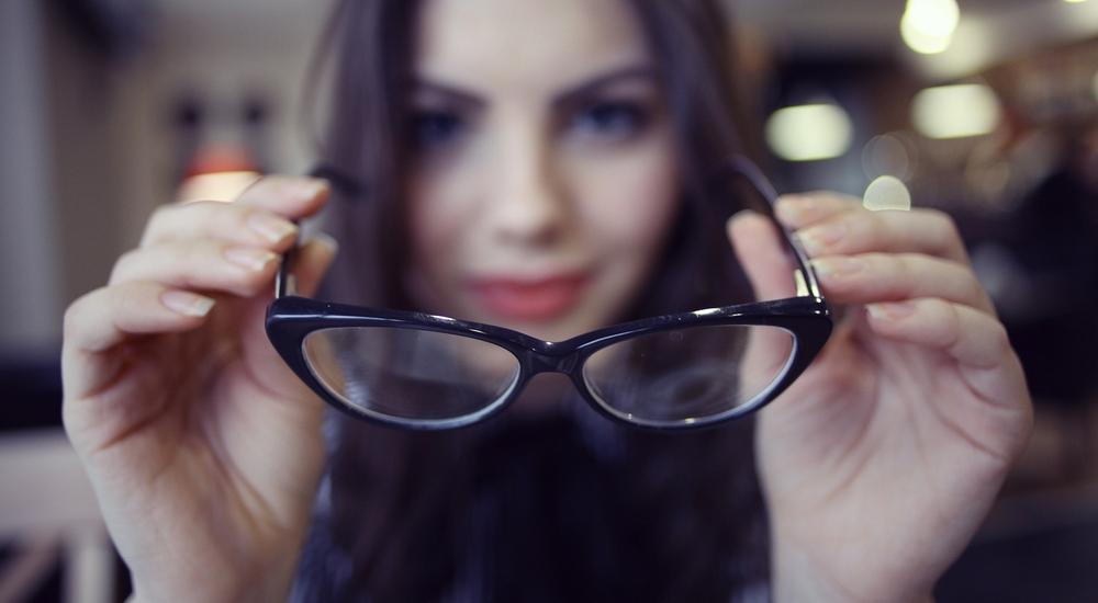 Si crees que necesitas anteojos, probablemente los necesitas