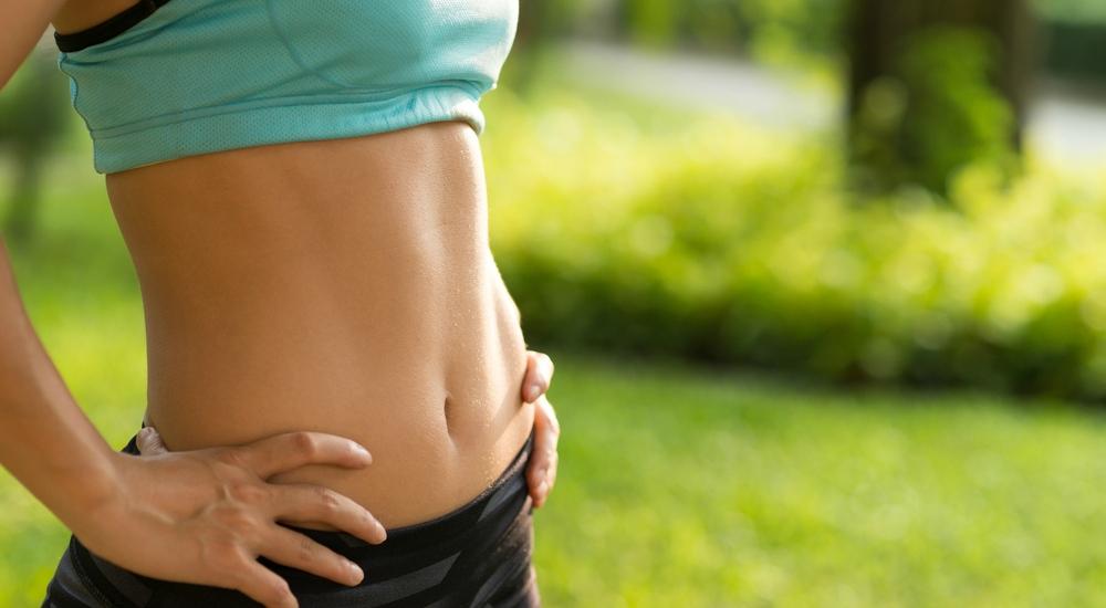 ¿Qué son los abdominales hipopresivos y cómo pueden moldear tu silueta?