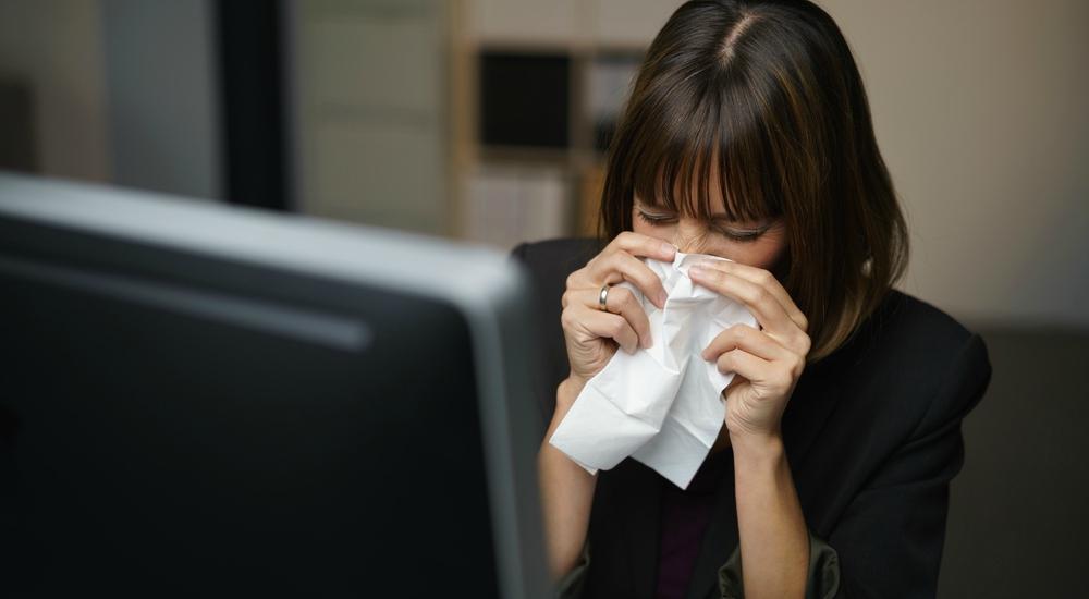 No empeores tu resfriado: 5 malos hábitos que debes dejar