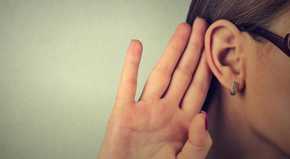 Así se manifiesta la pérdida de audición en los jóvenes