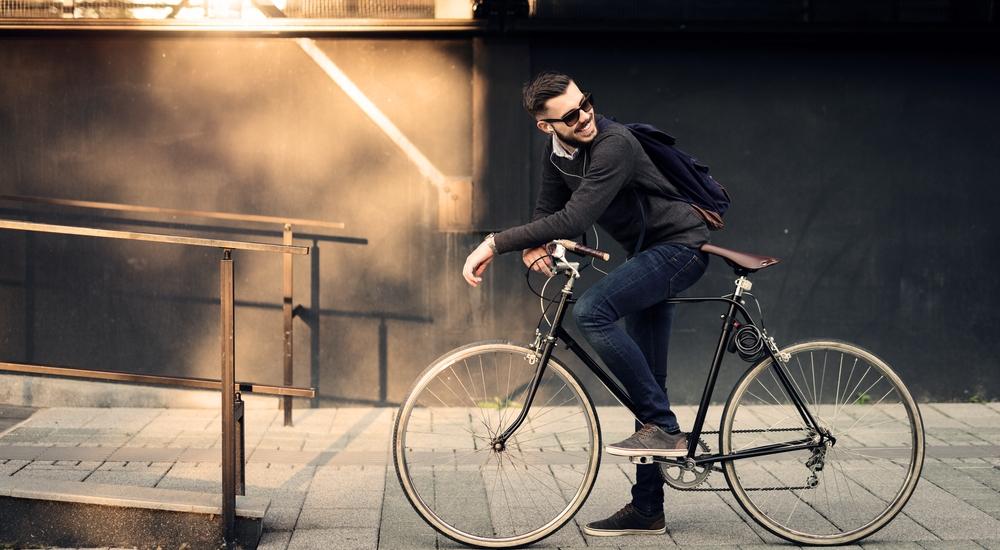 En bici al trabajo: convéncete con estas razones